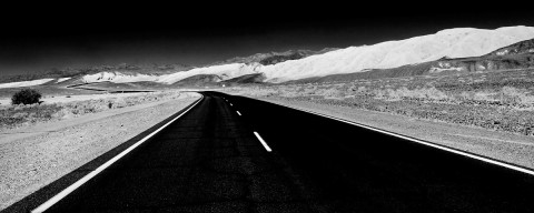 20090214195118_death_valley_road